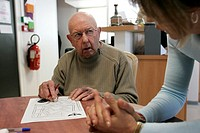 TESTING FOR ALZHEIMER´S DISEASE<BR>Photo essay.<BR>AMISTA, and Alzheimer´s day center in Aubagne, France offers care for people with memory loss. Nove...