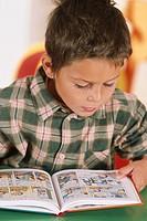 CHILD READING<BR>Model.