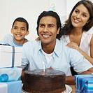 Family celebrating father´s birthday