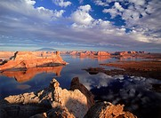 Gunsight Butte on the Utah side of Lake Powell