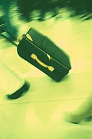 Person, goes, suitcases, Trolley,  Detail, monochrome,  Luggage, role suitcases, role suitcases, trip, baggage, movement, rush, yellow, green, fuzzine...