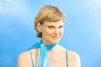 Woman, young, blond, summerwear,  Scarf, smiling, archly, nose  rümpfen, portrait  Series, 20-30 years, clothing, summery, blue, turquoise, gaze camer...
