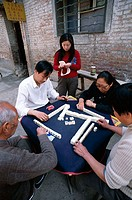 China, Peking, roadside, Chinese, Mahjong, playing no models release Asia, Eastern Asia, women, men, game, Freizeitspiel, Activity, casual activity, c...