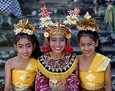 Indonesia, Bali, Legong-Tänzerinnen,  laughing, Halbporträt  Little one Sundainseln, island, women, three, Balinesinnen,  Dancers, folklore clothing, ...