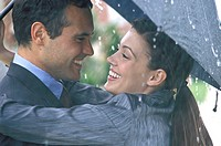 couple, umbrella, embrace, Gaze contact, side portrait, truncated,   20-30 years, falls in love, affection, financial contribution, joy, tenderness, l...