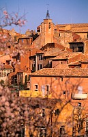 France, Vaucluse (84), Lubéron region, Roussillon village, one of the beautiful village of France