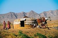 Uzbekistan, yurte (traditional housing)