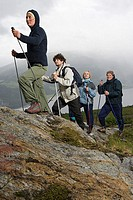 Four hikers (thumbnail)