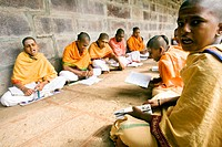 Lingaïte students during a lesson inside the temple of Sri Sailam in Andhra Pradesh. A big Shivaite temple