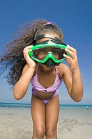 Portrait of a girl wearing a scuba mask