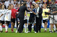 Sport, football, world championships, quarter final, Germany versus Argentina, 4:2 1:1, Berlin, 30 6 2006, from left to right, Thorsten Frings, David ...