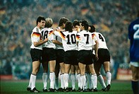 Sport / Sports, soccer, football, European championship, EURO 1988, Germany against Italy 1:1 in Düsseldorf, 10 6 1988, jubilation after free kick to ...