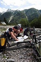 Austria, Tyrol, sporting event, Adventure Racing, Mountainbiker, reads, map, Mountainbikes, no mr, Adidas-Natventure-Trophy-2006, event, leisure time,...