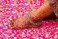 Close-up of a woman´´s henna tattooed leg