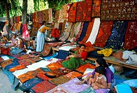 Indian women selling clothes