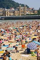 La Concha beach, Donostia (San Sebastián). Guipúzcoa, Euskadi. Spain