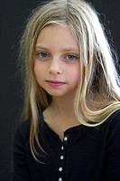 Girl 8-10, portrait