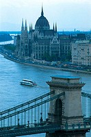 Hungary, Budapest, Chain Bridge and Parliament
