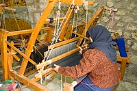 Jordan, Iraq al Amir, woman weaving cotton linen