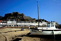 Channel Islands, Jersey, boat on the beach (thumbnail)