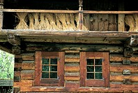 Poland, near Zakopane, traditional dwelling (thumbnail)