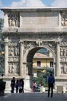 europe, italy, campania, benevento, trajan´s arch