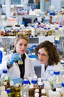 R+D department, biopharmaceutical lab, development and production of innovative drugs using adult stem cells, Cellerix, Grupo Genetrix, Madrid