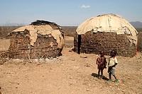 Turkana, huts, and, children, Turkana, tribe, Lake, Turkana, Kenya,