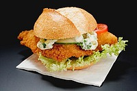 Fish burger with remoulade sauce