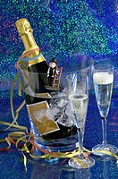 champagne, sparkling wine, champagne, bottle, Chilled, ice, glasses, streamers, New Year Eve, luck, happiness, chimney