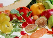 ´Cornucopia´: a collection of summer fruits and vegetables  This image is reminiscent of the classical harvest-time ´cornucopia´, or Horn of Plenty