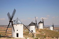 Spain, Castilla La Mancha, Consuegra, windmills