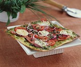 Goat´s cheese and smoked salmon pizza