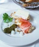 Baguette with Camembert and ham