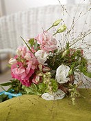 Bouquet of eustoma and antirrhinum (thumbnail)
