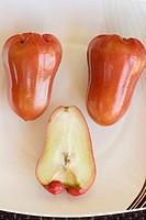 Rose Apples (Syzygium samarangense)