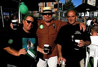Auckland, drinking guiness on St Patrick´s Day