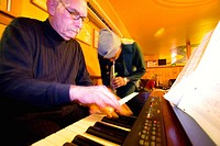 keyboard, sax, musicians, jazz, improvisation, seniors, music