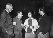da sinistra a destra hunt, jean franco, walter bonatti, maurice herzog, 1957