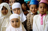 Children, Koran-students on Java, Indonesia, Asia