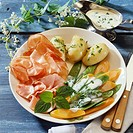 Mangetout and carrots with ham and boiled potatoes