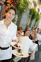 Canada, Quebec City, Lower Town, Rue du Sault_au_Matelot, L´Echaude Restaurant, waitress, dessert, food, service,