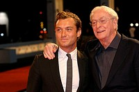 30-08-2007 - 64th Venice International Film Festival - Red carpet film 'Sleuth': actors Jude Law and Michael Caine