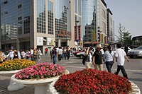 China, Beijing, Dongcheng, Wangfujing Dajie shopping mall