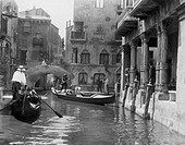 Venice, Italy, circa 1920s All persons depicted are not longer living and no estate exists Supplier warranties that there will be no model release iss...