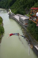 50m bungee jump from concrete dam