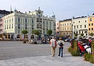 Austria, waiter-roaster-empire, Gmunden, town hall-place, town hall, tourists, place, houses, business-houses, town hall-buildings, renaissance-buildi...