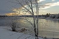 Finland, Ounasjoki-Fluss, clouded sky, snow,