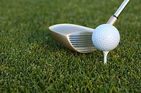 Golf tee and golf club