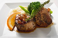 Pork medallions, green peppercorns, broccoli & mashed potato